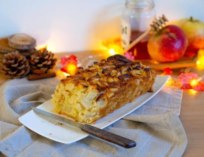 Gâteau moelleux aux pommes et au miel