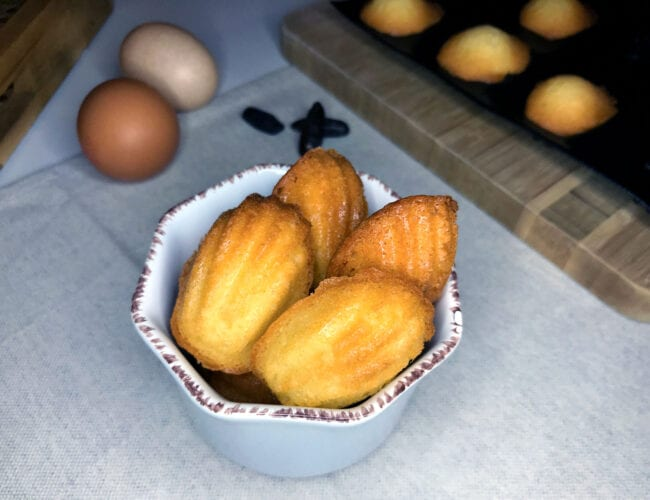 Mini madeleines moelleuses à la fève Tonka