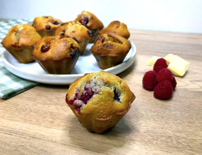 Muffin aux framboises et chocolat blanc