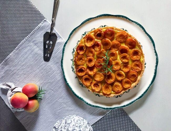 Tarte abricots et romarin